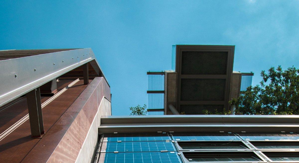 Dettagli edificio Green Pea in costruzione a TorinoDettagli edificio Green Pea in costruzione a Torino